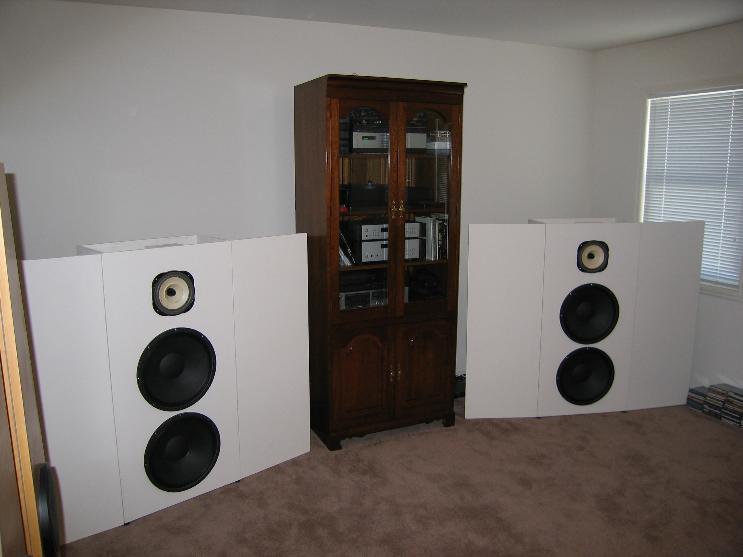 Project 10 : Lowther Open Baffle / Acoustic Elegance H Frame System